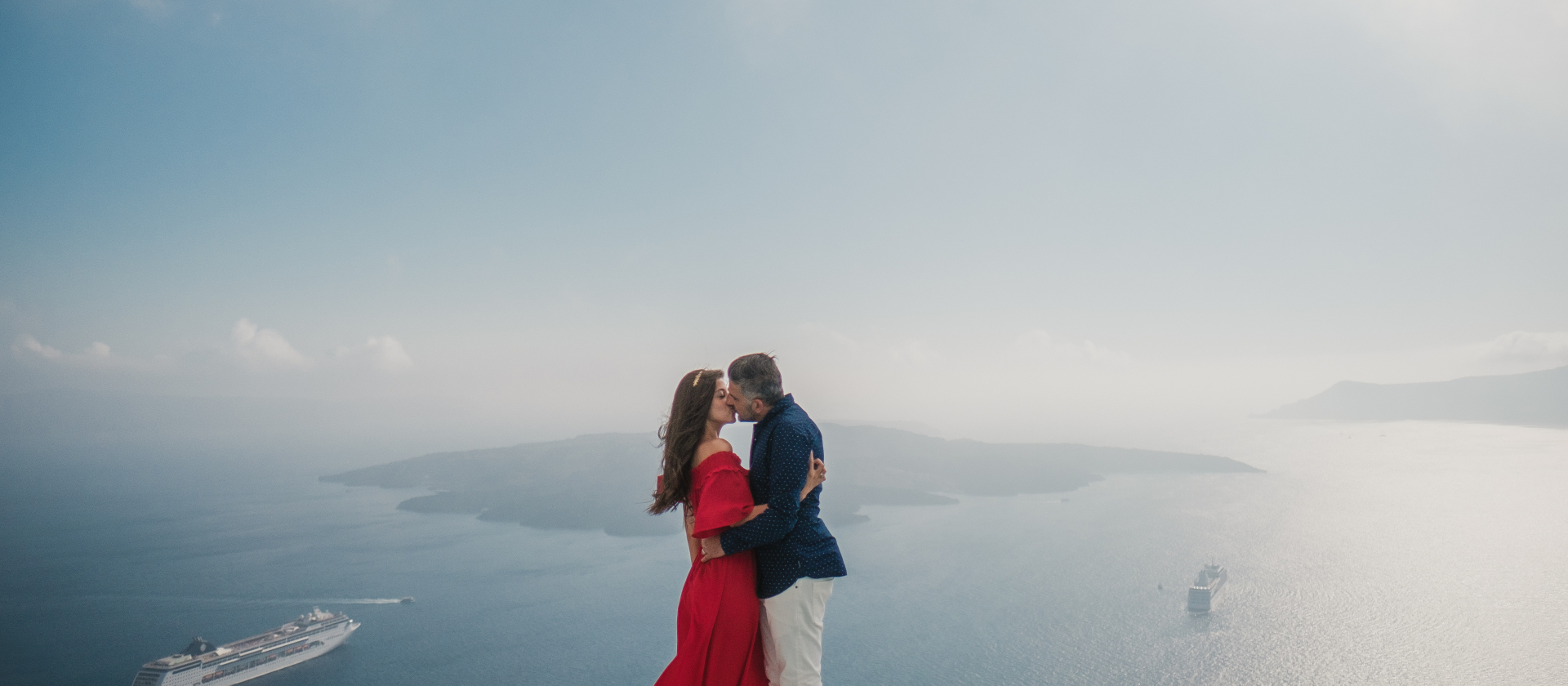 HEARTBEAT of love // Elopement in Santorini Island, Greece